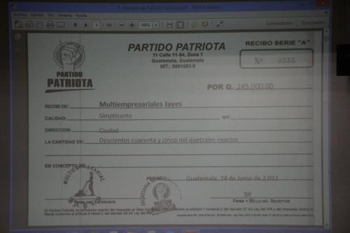 Este recibo fue mostrado por el MP a Juan Carlos Monzón quien confirmó el uso que tenía la empresa. (Foto: Wilder López/Soy502)