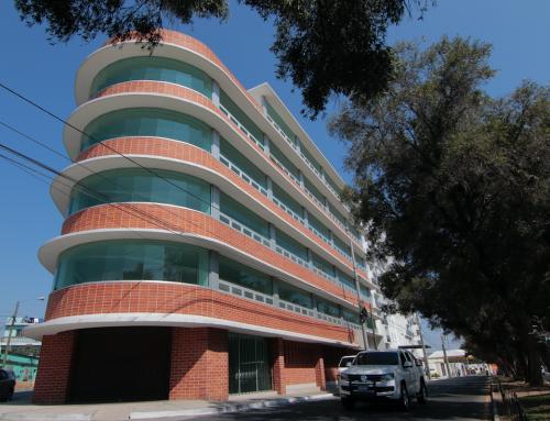 Vista del edificio propiedad del MP en la zona 5. (Foto: Alejandro Balán/Soy502)
