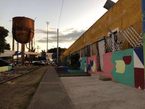 Ríos de acero en la Ciudad del Futuro. (Foto: Vic García)