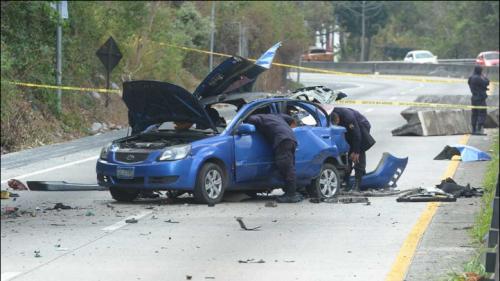 Vehículo que explotó en carretera contenía explosivo artesanal