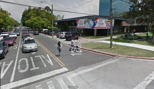 Esa conexión desde La Reforma a la zona 9 ya no es posible. (Foto: GoogleMaps)