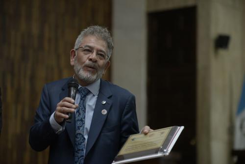 Gálvez dedicó el reconocimiento del SOLTRAJ al personal asignado al Juzgado a su cargo. (Foto: Wilder López/Soy502)