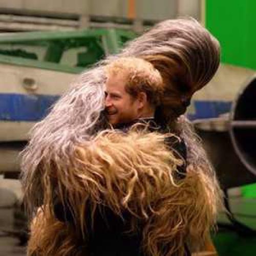 Los príncipes aparecían en una escena de Star Wars que fue eliminada. (Foto: Twitter)