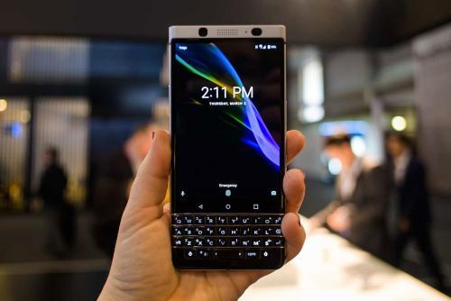 En la edición de 2017, la firma canadiense dio a conocer la BlackBerry KEYone. (Foto: Xataka)