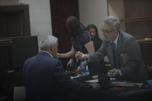Expresidente de Guatemala continuará en prisión