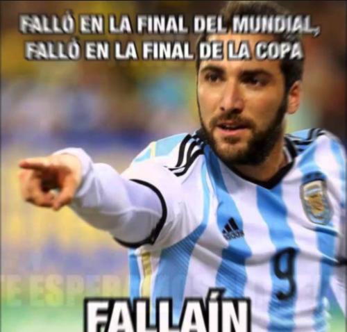 """Así respondió el argentino a los """"memes""""."""