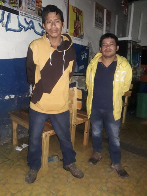 Ambos fueron detenidos por las autoridades. (Foto: PNC)