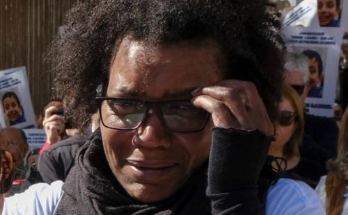 Durante las jornadas de búsqueda, Ana Julia Quezada se mostró conmocionada por la desaparición del menor. (Foto: El País)
