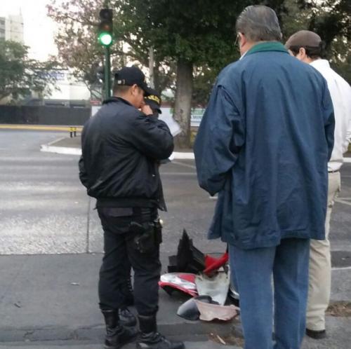 La PNC acudió al lugar del accidente. (Foto: Amílcar Montejo/PMT)
