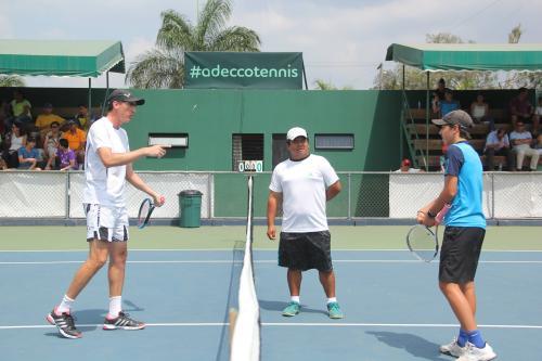 Manuel Sinnott se enfrentó a Sebastián Domínguez en la categoría Mayor. (Foto: Fredy Hernández/Soy502)