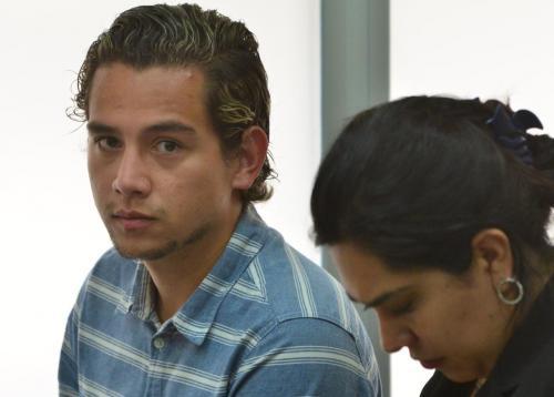 Así acudió el hijo de Jimmy Morales. (Foto: Jesús Alfonso/Soy502)