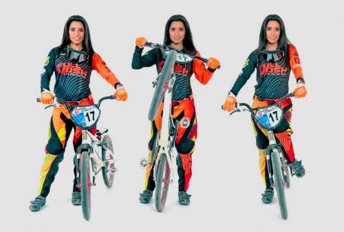 Marisa Méndez es una de las grandes exponentes del BMX de Guatemala. (Foto: Alejandro Balán/Soy502)