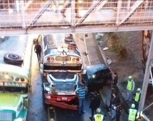 Así quedaron los vehículos involucrados. (Foto: Amilcar Montejo/PMT)