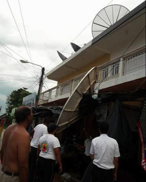 Los vientos en Petén dejaron a varias personas sin casa. (Foto: Conred)
