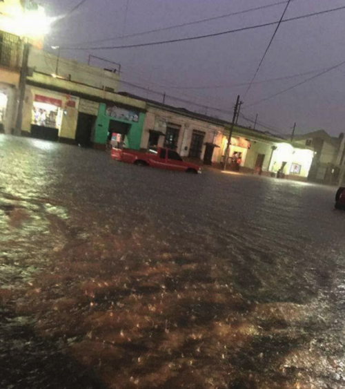 Las lluvias afectaron varias zonas en Quetzaltenango. (Foto: Stereo 100)