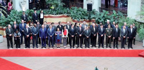 Comitiva de Guatemala para recibir a Peña Nieto en el Palacio Nacional. (Foto: Gobierno)