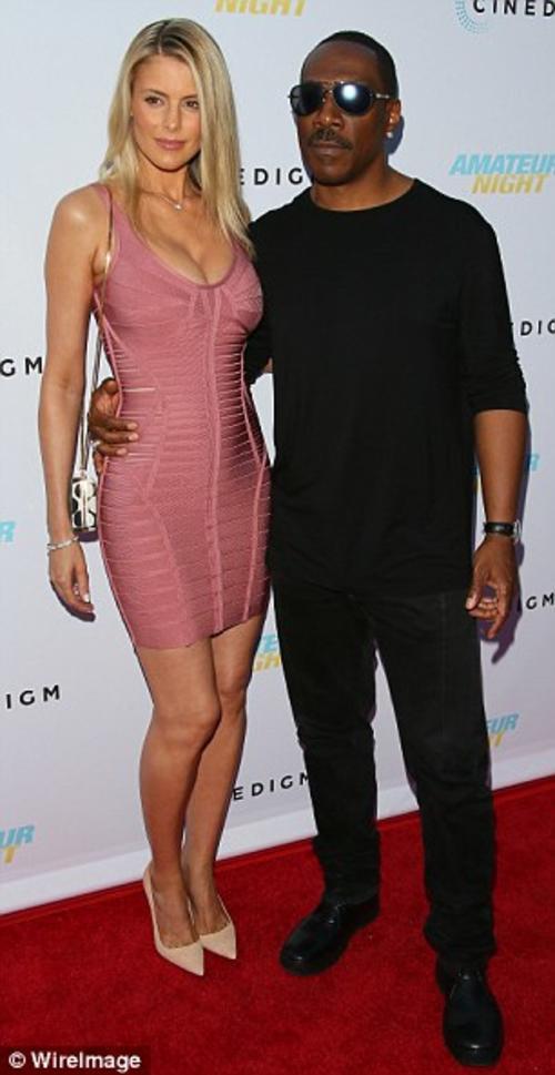 Eddie Murphy y su novia, Paige asistieron a la Premier de la película Amateur Night, en la que participa la hija del actor, Bria. (Foto: Dailymail)