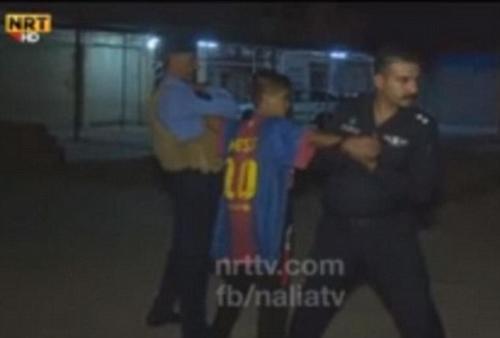 El niño llevaba una camisola del Futbol Club Barcelona. (Foto: dailymail.co.uk)
