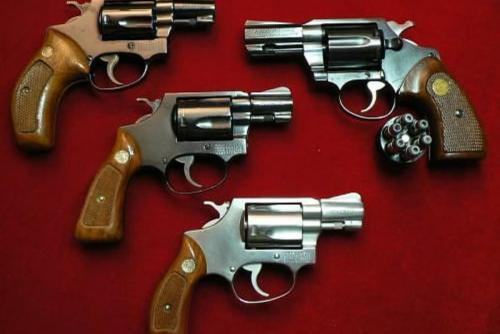 El Organismo Judicial entregó al magistrado César Barrientos un arma que él mismo solicitó al almacén de la institución. Eso ocurrió tres semanas antes de su supuesto suicidio. (Foto: http://historiadelasarmasdefuego.blogspot.com/)