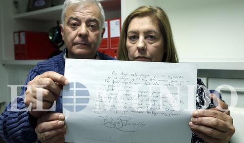 """""""Solo le pedimos a la magistrada que se ponga en nuestro lugar y que, al menos, investigue hasta el final"""", dice Carmen. madre de Diego. (Foto: El Mundo)"""