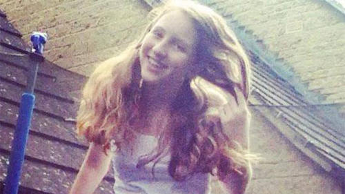 La adolescente no tuvo la comprensión de la escuela donde estudiaba, a pesar de la petición de su familia para que tuvieran consideración con ella.