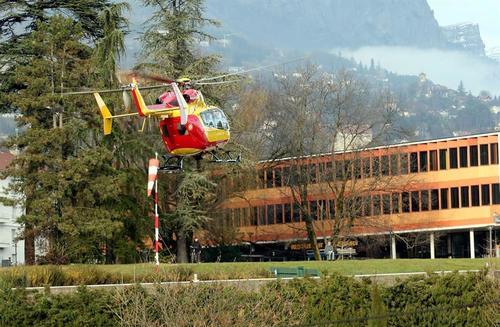 Michael Schumacher fue trasladado en un helicóptero a un hospital, tras el accidente, donde se encuentra en observación. (Foto: EFE)