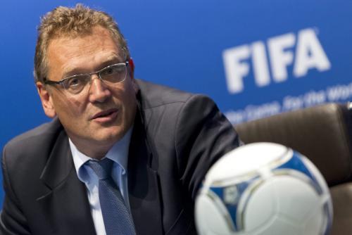 """Jerome Valcke, el """"número 2"""" de la FIFA, fue el encargado de dar la noticia sobre el cambio de fechas para el Mundial de Qatar 2022. (Foto: Alessanadro Della Bella/EFE)"""