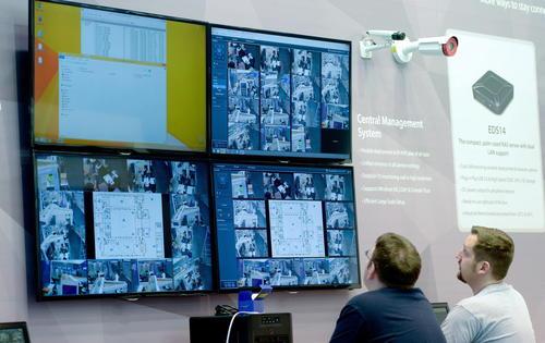 La mayor exposición de computadoras del mundo. (Foto: EFE/Jochen Luebke)