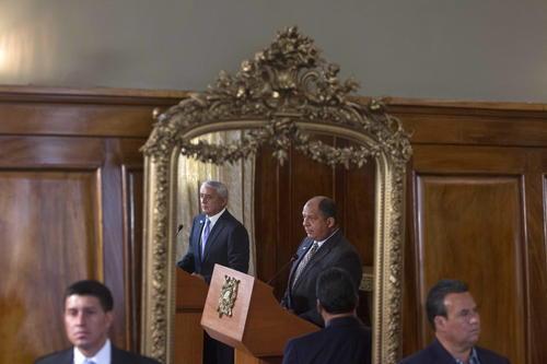 Solís y Pérez dieron una conferencia conjunta luego de la reunión bilateral.  (Foto: EFE)