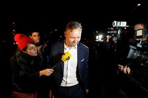 Sylvain Cormier, el abogado de Karim Benzema, asegura que los extractos quieren influenciar el testimonio de Mathieu Valbuena. (Foto: EFE)