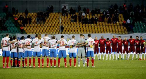 El Estadio Kuban guardó un minuto de silencio por las víctimas de los atentados en Francia. (Foto: EFE)