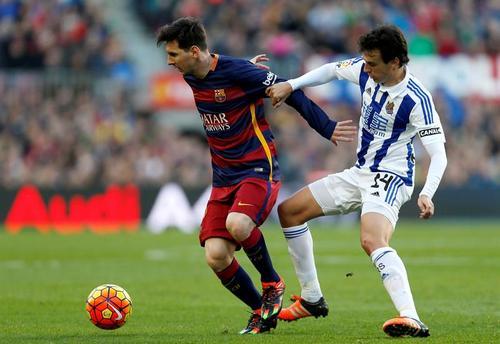 Lionel Messi compite de nuevo por el premio al mejor jugador de fútbol, el Balón de Oro de FIFA. (Foto: EFE)