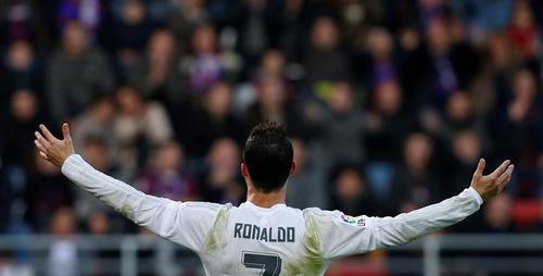 Cristiano Ronaldo fue el goleador de la Liga, y busca el premio al Balón de Oro. (Foto: EFE)