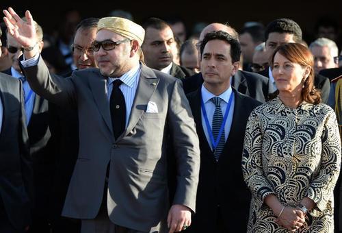 El rey de Marruecos, Mohamed VI, participó en la inauguración de la planta que será capaz de alimentar 750 mil viviendas. (Foto: EFE)