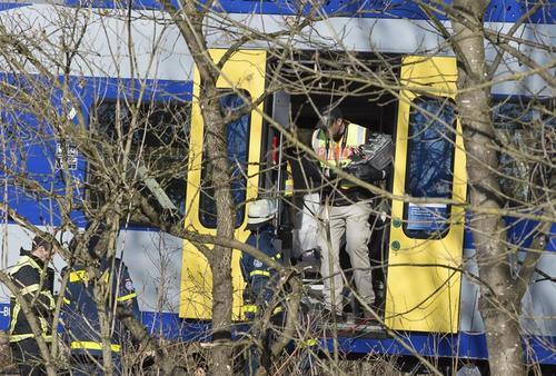 Al menos once personas murieron en un accidente de trenes ocurrido el pasado 9 de febrero en Alemania. (Foto: Efe)