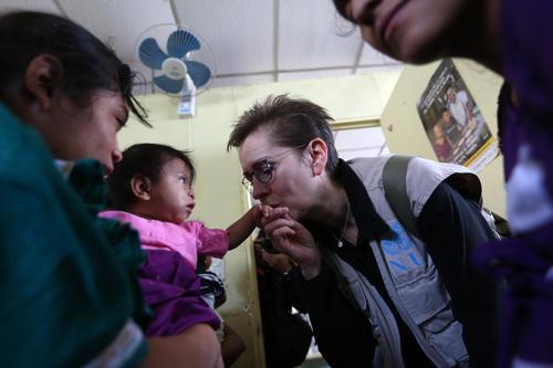 """Julliand cree que la desnutrición es un """"efecto dominó"""" que afecta a todo el desarrollo del país. (Foto: EFE)"""