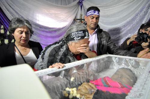 Cáceres había denunciado en repetidas ocasiones que era víctima de amenazas. (Foto: EFE)