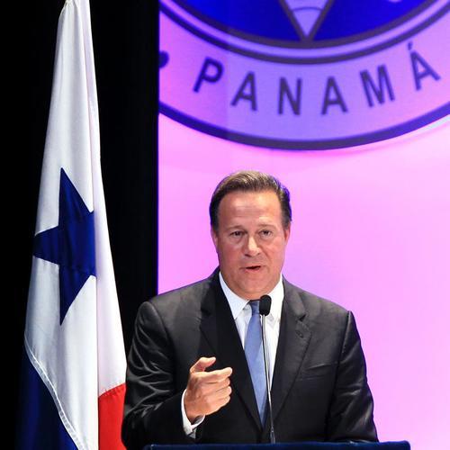 El gobierno de Panamá, encabezado por su presidente Juan Carlos Varela, busca extraditar a Martinelli desde Estados Unidos. (Foto: EFE)
