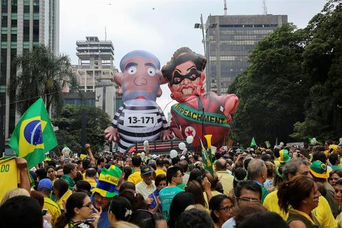 El expresidente Lula Da Silva y la actual presidenta, Dilma Rousseff, fueron protagonistas de la protesta en Brasil. (Foto: EFE)