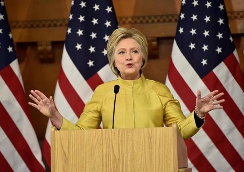 Según Cruz, Trump financió con US$6 mil 400 a Hillary Clinton. (Foto: EFE)
