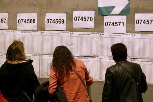 Los principales candidatos votaron antes del mediodía en sus respectivos locales de votación. (Foto: EFE)