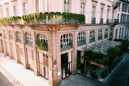 Esta es la sede de la casa de modas Trussardi que recientemente se inauguró en La Scala de Roma. Foto Trussardi/Facebook