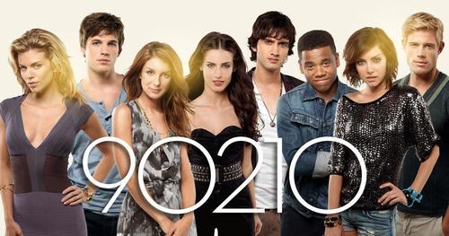 """Este es el cast de la famosa serie """"902010"""", la nueva generación de la serie de los años 90, """"Beberly Hills 902010"""". (Foto: PInterest)"""