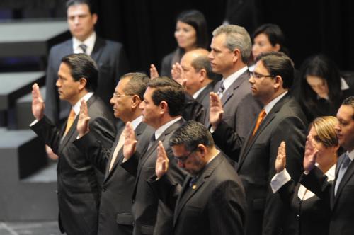 El juramento de la nueva Junta Directiva del Congreso. Foto Esteban Biba/Soy502