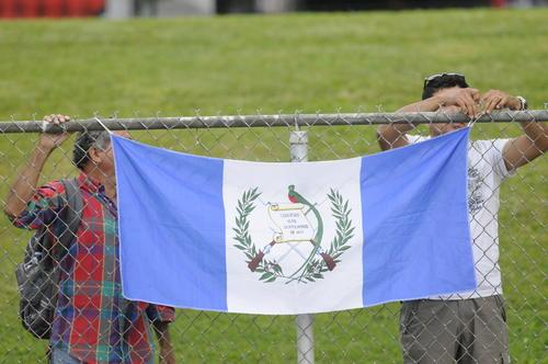 Apoyo incondicional de los guatemaltecos en todas las sedes de Toronto 2015. (Foto: Pedro Pablo MIjangos/Soy502)