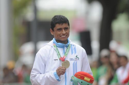 Barrondo ganó la medalla de oro en Veracruz, en la prueba de 50 kilómetros. (Foto: Archivo Soy502)