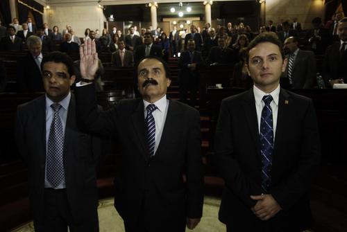 César del Águila, diputado del bloque Todos, fue juramentado este jueves en sustitución de Roberto Alejos. (Foto: Jesús Alfonso/Soy502)