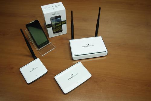 VolksComm incluye toda una línea de comunicación inalámbrica entre las que hay routers, bocinas y antenas wi-fi.  (Foto: Jesús Alfonso/Soy502)