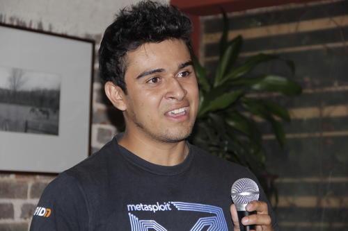 César anima a todos los jóvenes a luchar y alcanzar sus sueños. (Foto: Fredy Hernández/soy502)