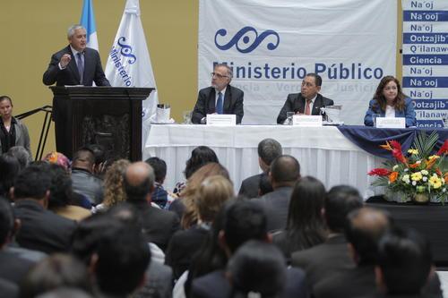Otto Pérez Molina se comprometió a apoyar económicamente al Ministerio Público dado que no fue aprobado el presupuesto 2014 por parte del Congreso.  (Foto: René Ruano/Nuestro Diario)